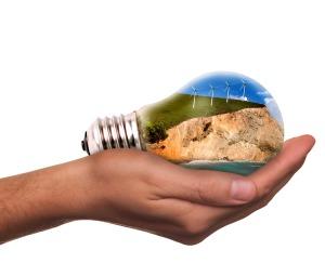 light-bulb-1776372_1920