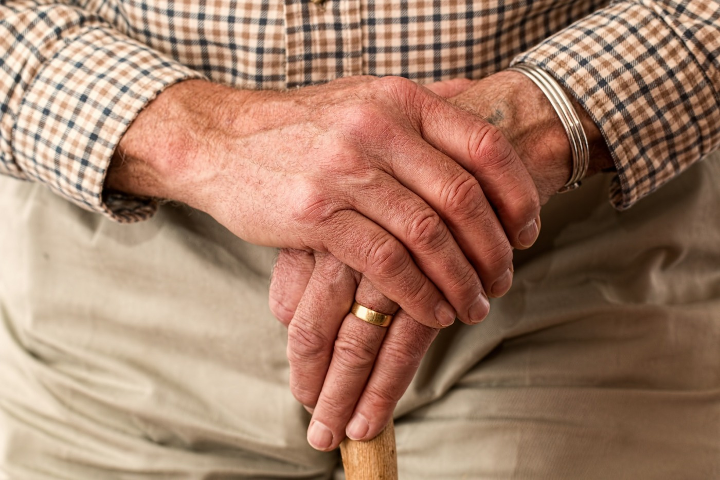 Elder abuse - TopicsWithPassion.blog
